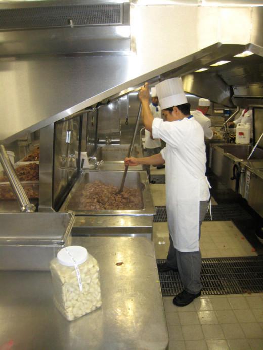 allure-of-the-seas-kitchen-6