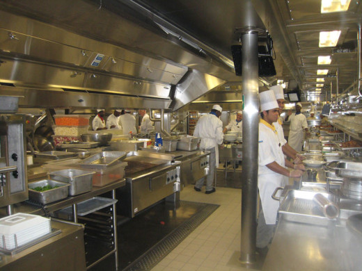 allure-of-the-seas-kitchen-7