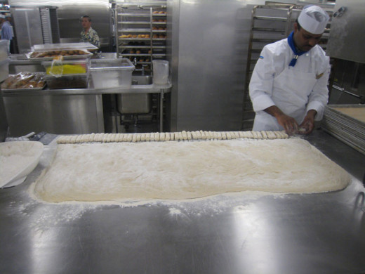 allure-of-the-seas-kitchen-8