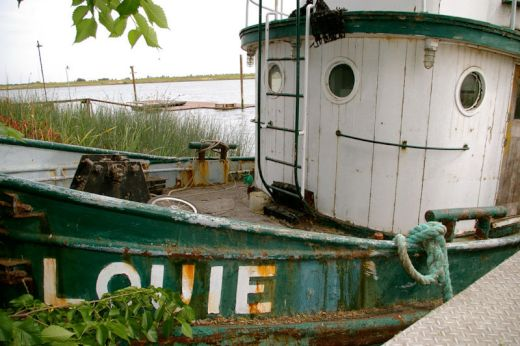 louie-smiling-boat_s