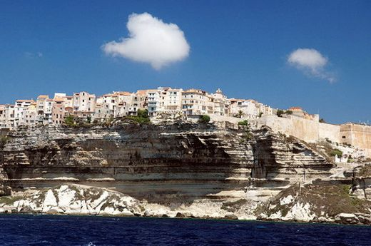 The-Most-Impressive-City-On-The-Cliffs_9_s - コピー