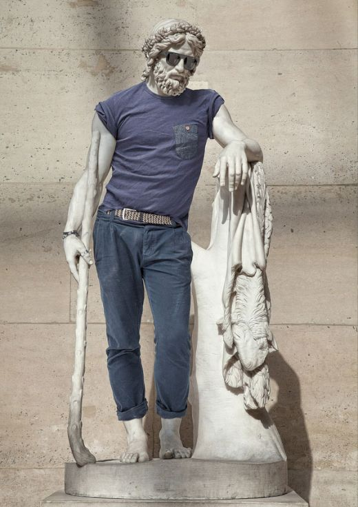 classic-statues-in-modern-clothes-leo-caillard-alexis-persani-2_s