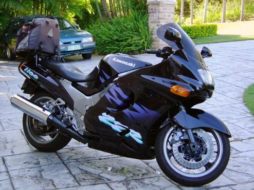 fastest-motorcycle-Kawasaki-ZZR-1100