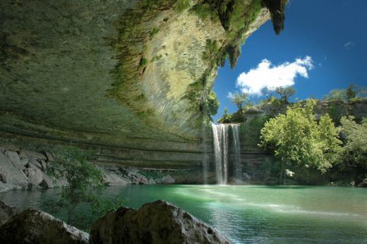 hamilton-pool-nature-preserve-austin-texas_s