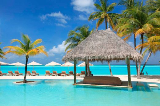 maldives-resorts-on-the-water-stilt-houses-3_s