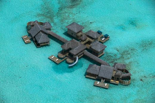 maldives-resorts-on-the-water-stilt-houses-5_s