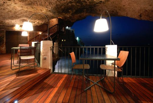 restaurant-inside-a-cave-cavern-itlay-grotta-palazzese-7_s