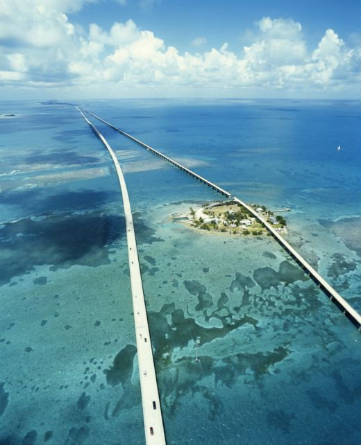 seven-mile-bridge-florida-united-states_s