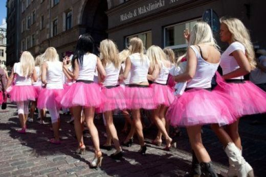 7049555-riga-latvia--may-23-many-beautiful-girls-at-go-blonde-parade-organized-by-the-latvian-association-of_s