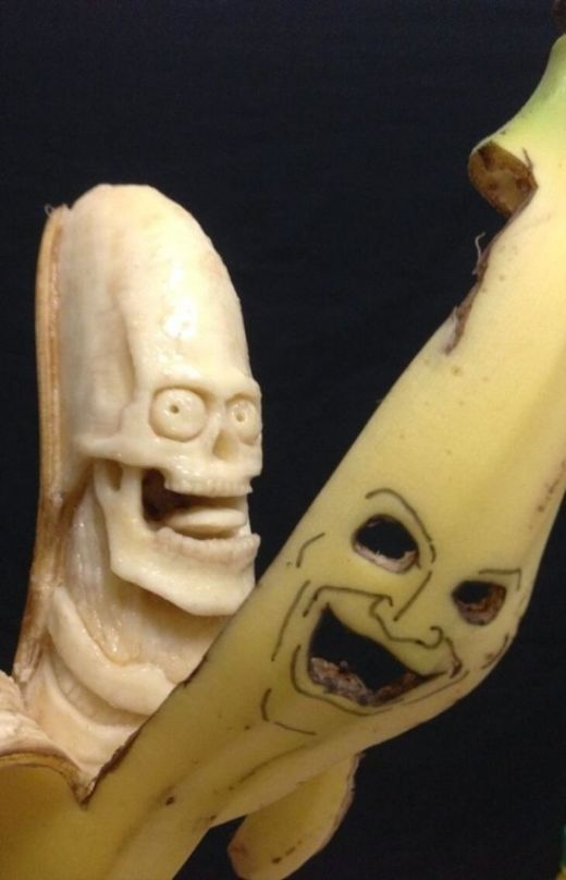 Banana-sculptures2-550x855_s