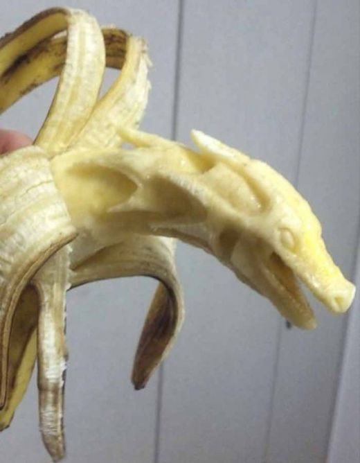 Banana-sculptures4-550x707_s