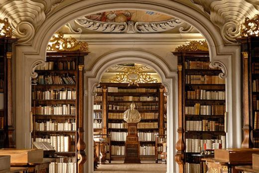 The-Most-Beautiful-Libraries_3_s