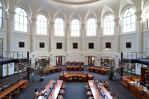The-Most-Beautiful-Libraries_8_s