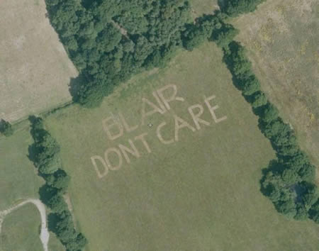 a96849_a522_13-blair-dont-care