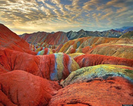 o-RAINBOW-MOUNTAINS-900-10-650x519_s