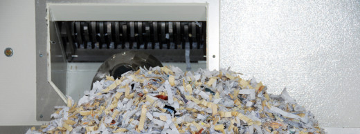 secure-shredded-documents-by-industrial-shredder-2