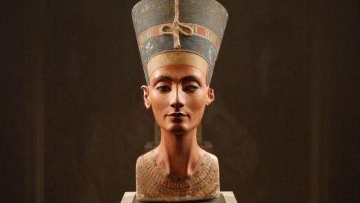 Nefertiti-e1379171042597_s