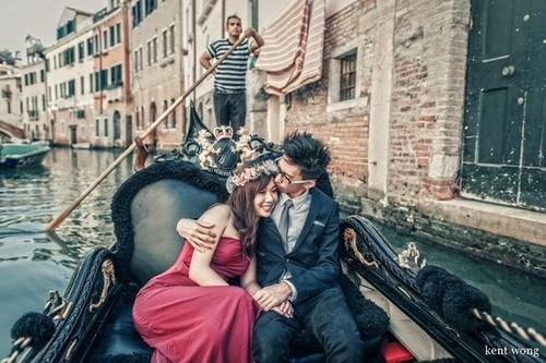 Romance-at-Venice