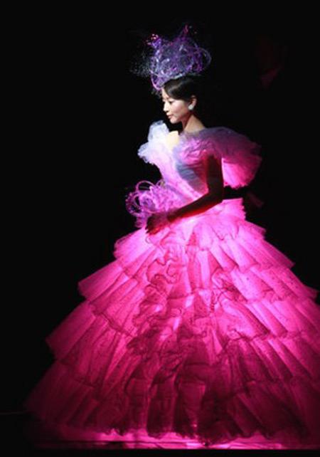 世界の珍しいウエディングドレスの画像集【12選】