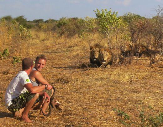 lion-whisperers-modisa-botswana-by-nicolai-frederk-bonnen-rossen-18_s
