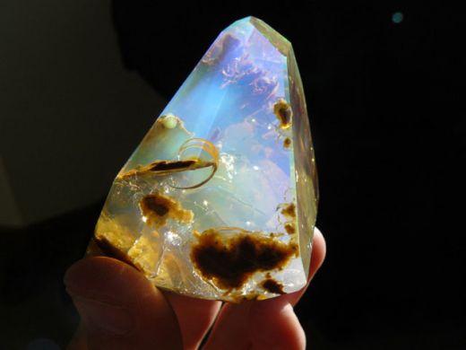 ocean-inside-an-opal-oregon-butte-7_s