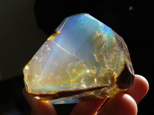 ocean-inside-an-opal-oregon-butte-8_s