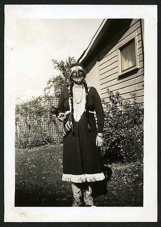 vintage_halloween_costumes_2_s