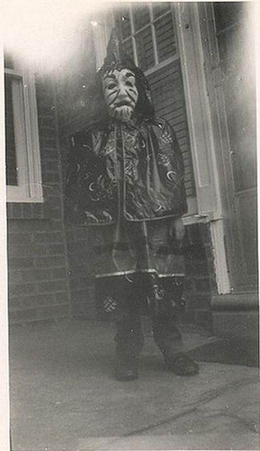 vintage_halloween_costumes_9_s
