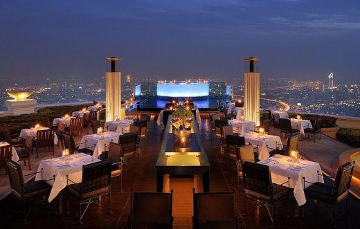 【ロマンチック】世界で最も眺めのいいレストラン10選