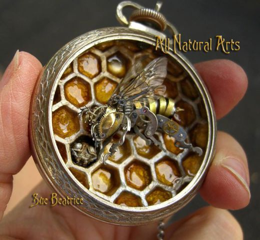 sculptures-made-from-old-watch-parts-sue-beatrice-12_s