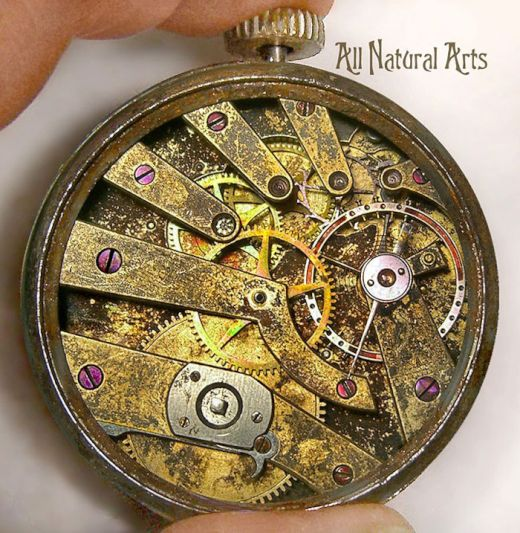 sculptures-made-from-old-watch-parts-sue-beatrice-6_s