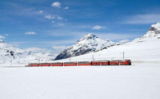 rhaetian-railway-albula-bernina-glacier-express-bernina-express-unesco-7[1]
